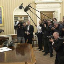 Nuevo libro de Bob Woodward retrata al Gobierno de Trump como un