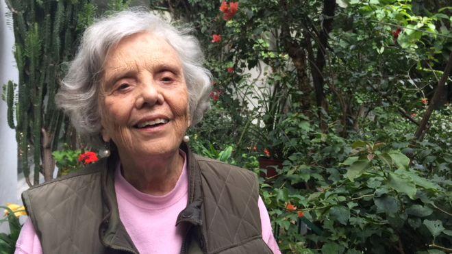 """Escritora Elena Poniatowska: """"Hay muchas cosas que no se saben todavía"""" de la matanza de Tlatelolco"""