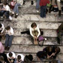 5 hallazgos sorprendentes sobre la soledad y las personas que se sienten solas