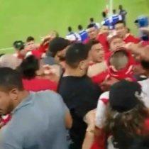 La violenta pelea entre hinchas registrada en el clásico entre Chile y Perú
