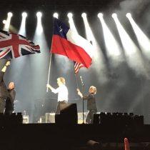 Paul McCartney sufre chascarro durante su concierto: ondea bandera chilena pensando que era la de Texas