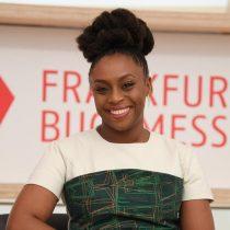 Escritora nigeriana feminista Ngozi Adichie: