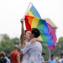 Rumanía vota dividida si modifica la Constitución para prohibir el matrimonio homosexual