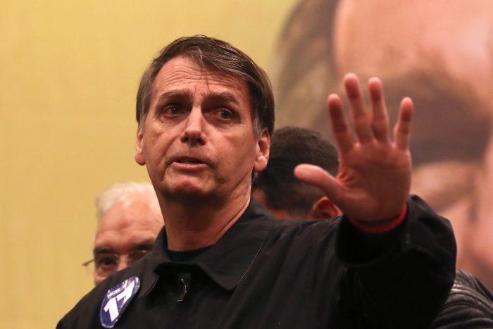 Jaime Gazmuri, ex embajador en Brasil: Bolsonaro alienta a aquella derecha chilena que se siente incómoda con la cultura de los DDHH