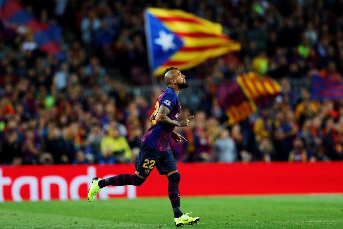 Todos lo quieren: Arturo Vidal salió ovacionado y le renovarán su contrato en el Barcelona