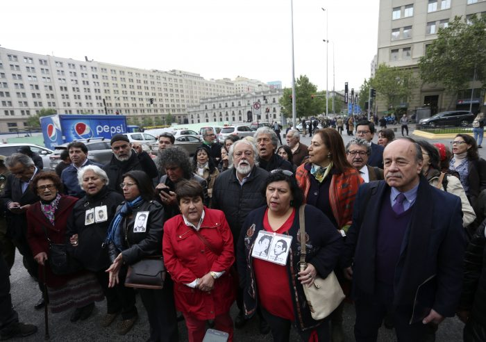 Organizaciones de DDHH envían carta a ministro Espina por homenaje a Krassnoff y piden que los reciba