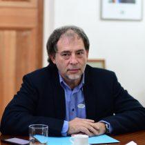 """Senador Girardi calificó de """"incomprensible"""" declaraciones sobre hacinamiento de Mañalich"""