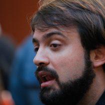Sharp criticó al Gobierno por actuar de FF.AA. en masiva marcha de Valparaíso