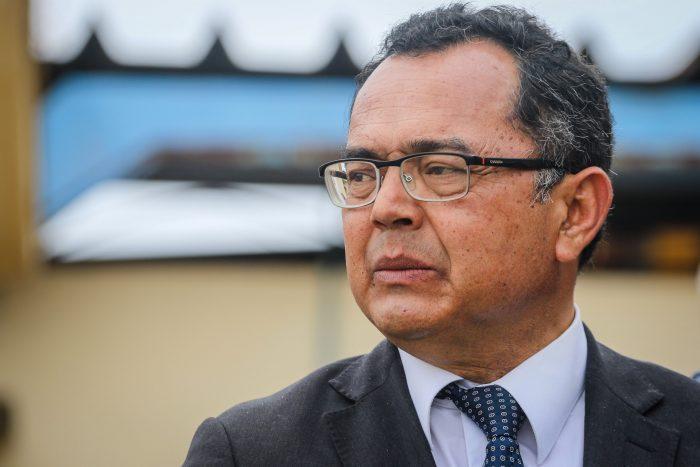 Denuncian amenazas de Carabineros a Alejandro Castro y Amnistía Internacional exige investigación imparcial