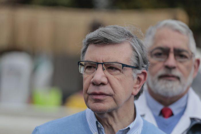 """Lavín se cuadra con idea de postergar plebiscito: """"Corremos un riesgo muy grande en términos de participación"""""""