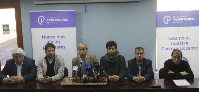 Amplio rechazo a respuesta del Mineduc al petitorio docente: Colegio de Profesores anuncia movilizaciones