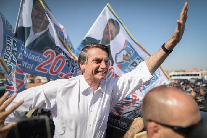 Bolsonaro generaría repunte bursátil y explosión de noticias