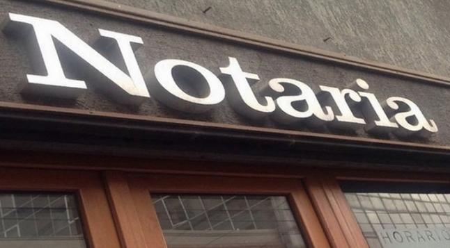 Notarios y Fedatrios