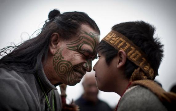 El desarrollo económico Maorí versus el empobrecimiento Mapuche