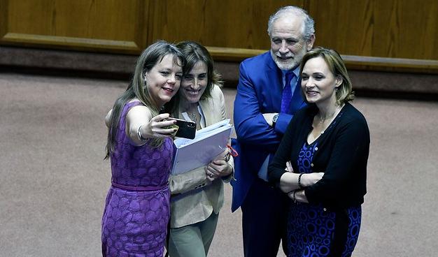 ¿Cuándo se jodió Chile, Zavalita?: la deshonestidad en la ley de Aula Segura (Convivencia Escolar)