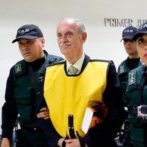 Krassnoff sigue generando polémica: ministro de Defensa ordena investigar homenaje realizado en la Escuela Militar