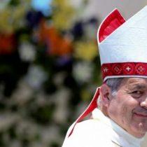 Barros declaró ante fiscal: insiste en su inocencia y entrega a párroco involucrado en abuso sexual