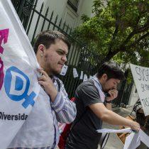"""Activistas acusan """"transfobia"""" de la Sociedad Chilena de Endocrinología"""