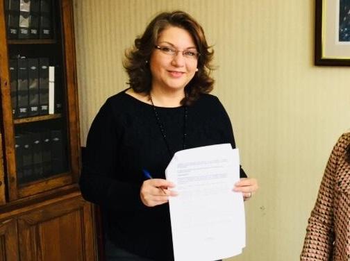 Diputada Parra presentó proyecto para impedir a autoridades asignar recursos a organismos donde tengan parientes
