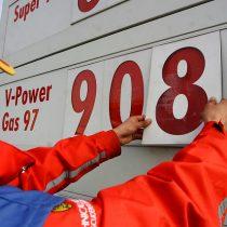 Quinta alza consecutiva en los precios reabre debate por impuesto específico a los combustibles