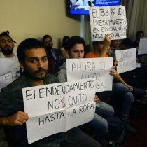 Parlamentarios del Frente Amplio lanzan campaña contra el CAE 2.0 de Piñera