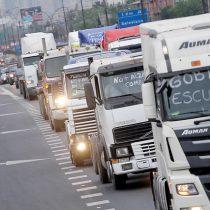 Aparecieron los camioneros: convocan a reunión de emergencia para analizar alza de combustibles