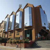 Canal 13 responde a críticas por reportaje sobre Liceo 1: