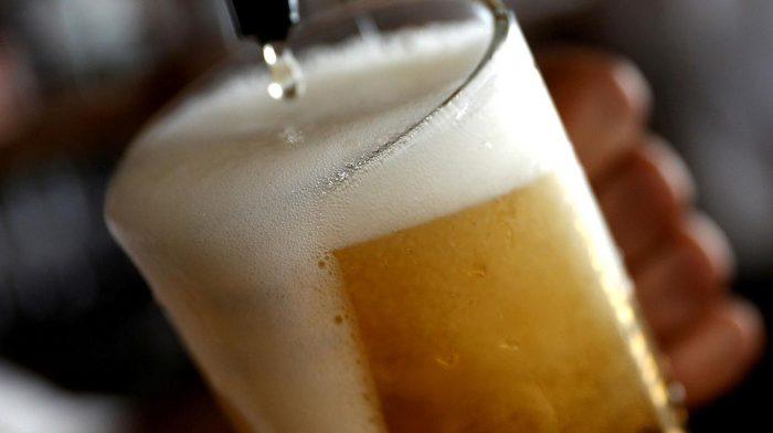Empresa producirá sus cervezas con energía 100% renovable
