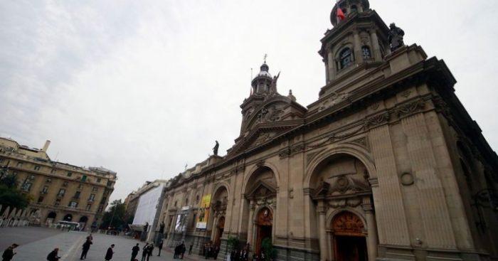Caso Karadima: Arzobispado de Santiago espera conocer el fallo para ver