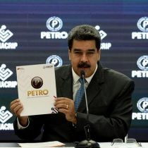 Por qué Maduro ordena que varias operaciones se hagan con criptomoneda