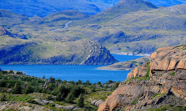 Ministro de Bienes Nacionales arriesga acusación constitucional por polémico proyecto minero Los Domos en la Patagonia