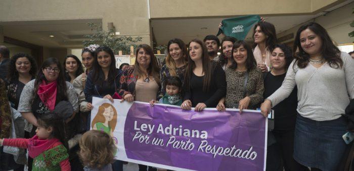 Diputada Claudia Mix ingresa proyecto de parto respetado y violencia gineco-obstétrica