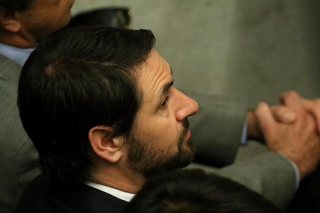 Revés para el ex administrador electoral de Piñera: niegan sobreseimiento a Santiago Valdés en caso Penta