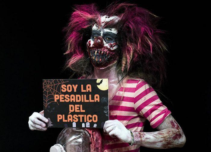 Campaña #Chilesinplásticos aboga por un halloween sin plástico