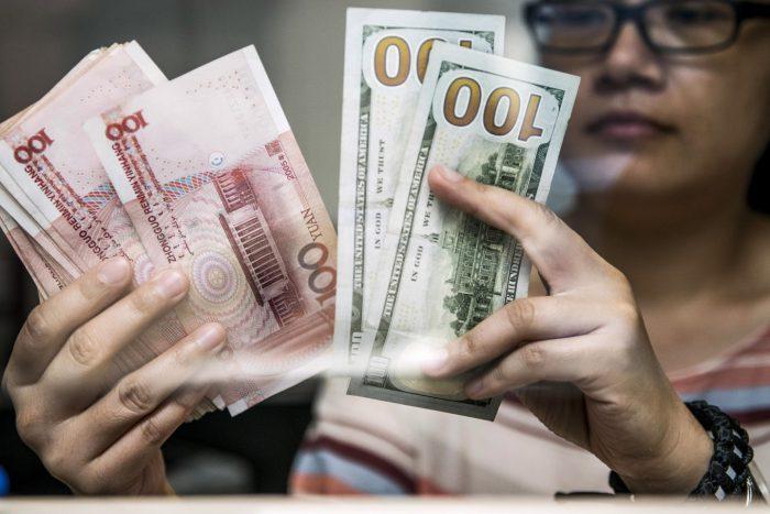Economistas bajan estimación de PIB chino por guerra comercial