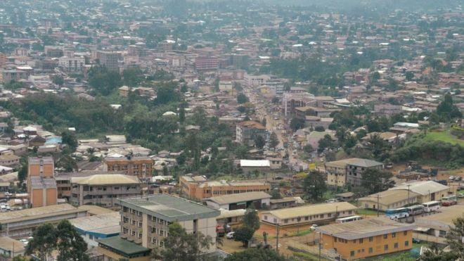 Secuestran a 80 estudiantes en una escuela de Camerún