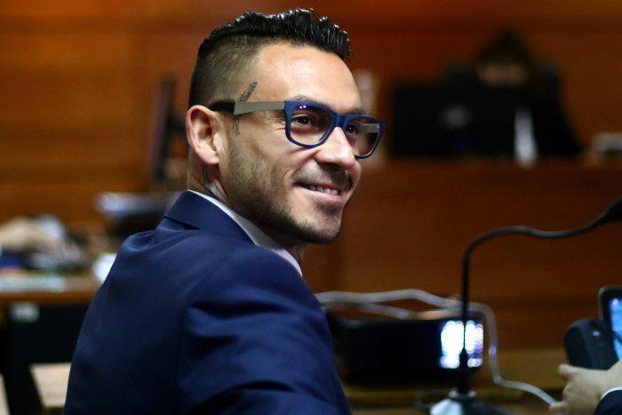 Justicia acoge demanda de Mauricio Pinilla y Azul Azul deberá pagarle más de $460 millones