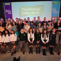 Super limpiador de paneles solares fue el ganador del concurso que acerca niños a temas de energía