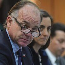 La inadecuada cercanía del ministro Walker con Manuka, responsable de macabra matanza de terneros