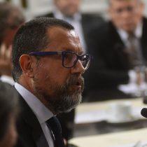 Sectores de Chile Vamos critican pasividad de La Moneda ante crisis de TVN y renuncia de Francisco Orrego
