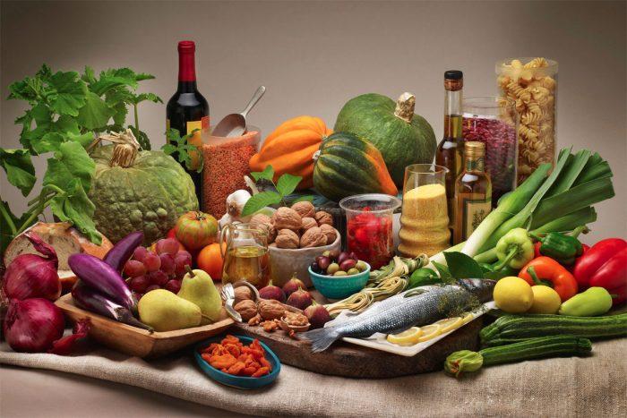 ¿Por qué los expertos llaman a promover una dieta mediterránea en Chile?