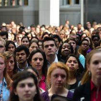 La Fed dice que millennials son como sus padres, pero más pobres