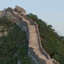 Cómo intentan restaurar la Gran Muralla China amenazada por la naturaleza