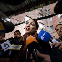 Alexandria Ocasio-Cortez, de mesera en un bar neoyorquino a ser la congresista más joven de EEUU