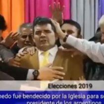 Una señal: escenario se cae mientras era bendecido candidato evangélico argentino