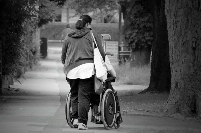 El Estado de Chile frente a las personas dependientes y sus cuidadoras