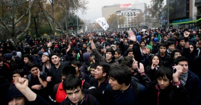 """Connotada intelectual mexicana barre con Aula Segura: """"Lejos de volver inútil la violencia, la incrementa"""""""