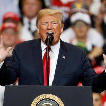 """Elecciones de medio mandato en EE.UU.: Donald Trump enfrenta su prueba de fuego ante la """"caravana"""" demócrata"""