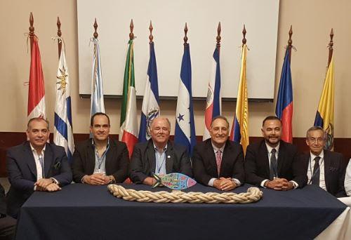 Encuentro de pesca latinoamericana termina con acuerdo para reciclar cabos marinos, redes de pesca y otros materiales plásticos
