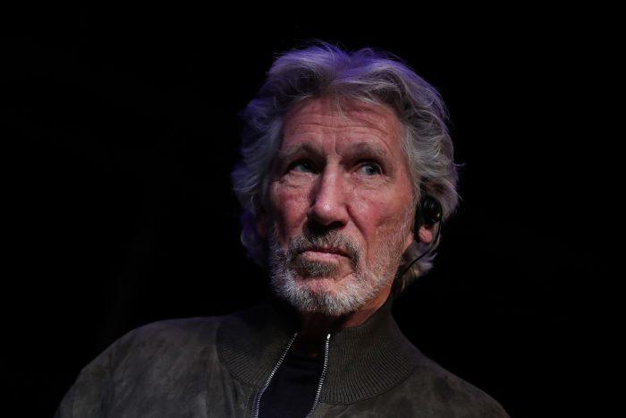 Roger Waters critica a Trump y Bolsonaro durante visita a Chile